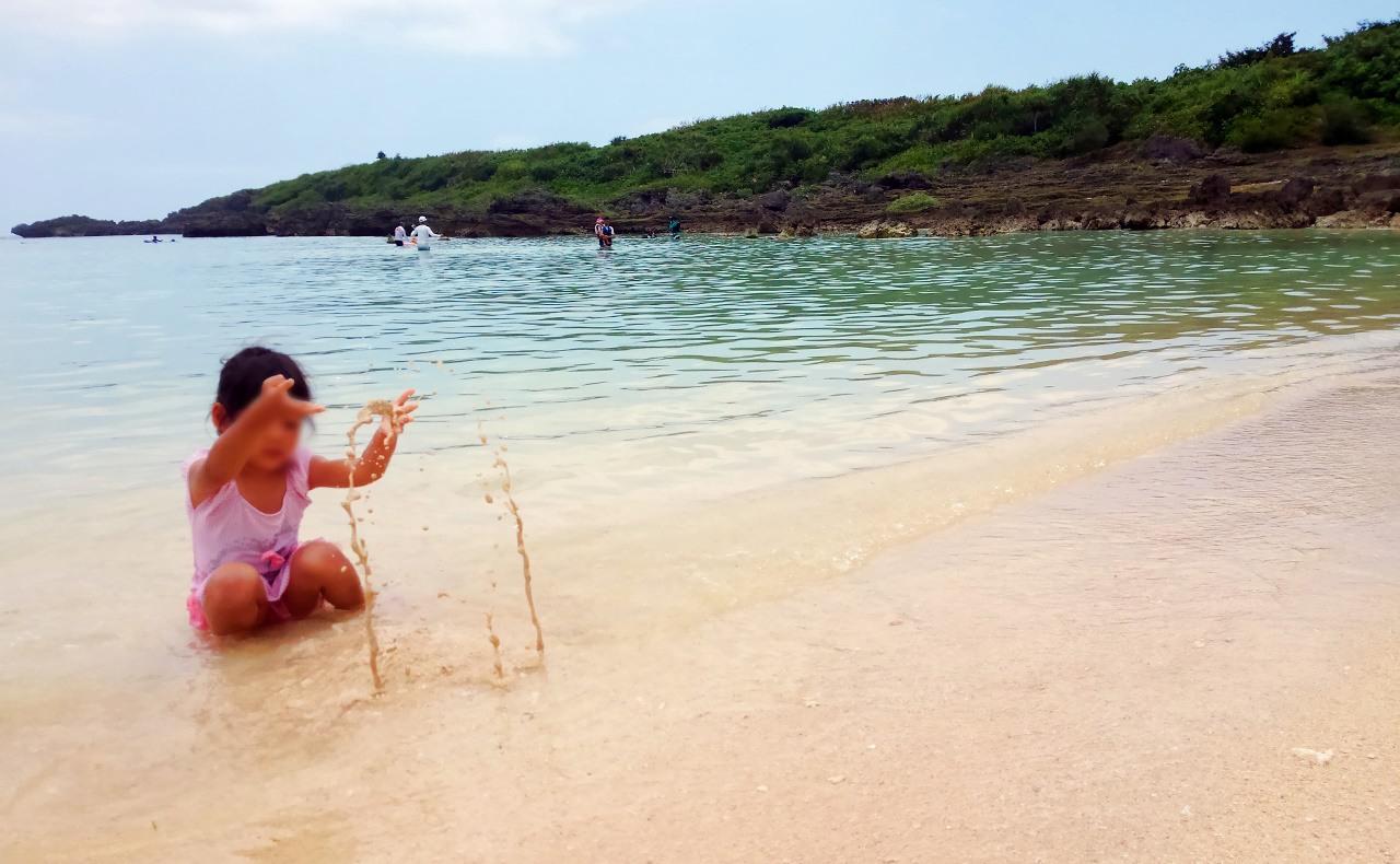 シギラビーチ砂浜